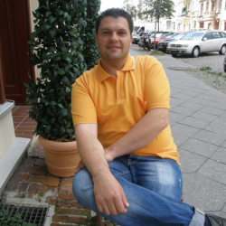 portrait-tshirt-gelb-2